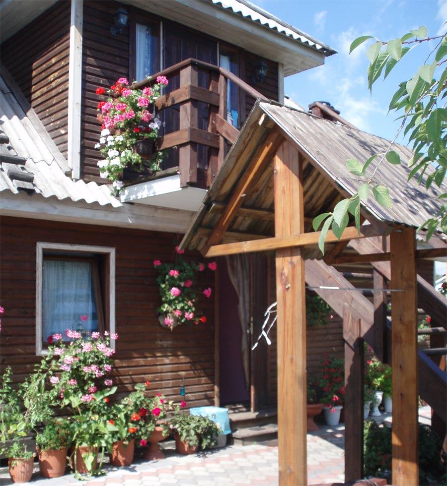 житло озеро Світязь будиночки помешкання відпочинок на озері Світязь садиби для туристів приватний сектор